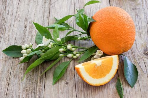 zero calorie food orange