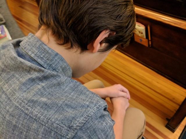 Man Prays for Cancer Victim
