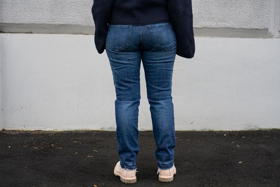 tommy джинсы сзади