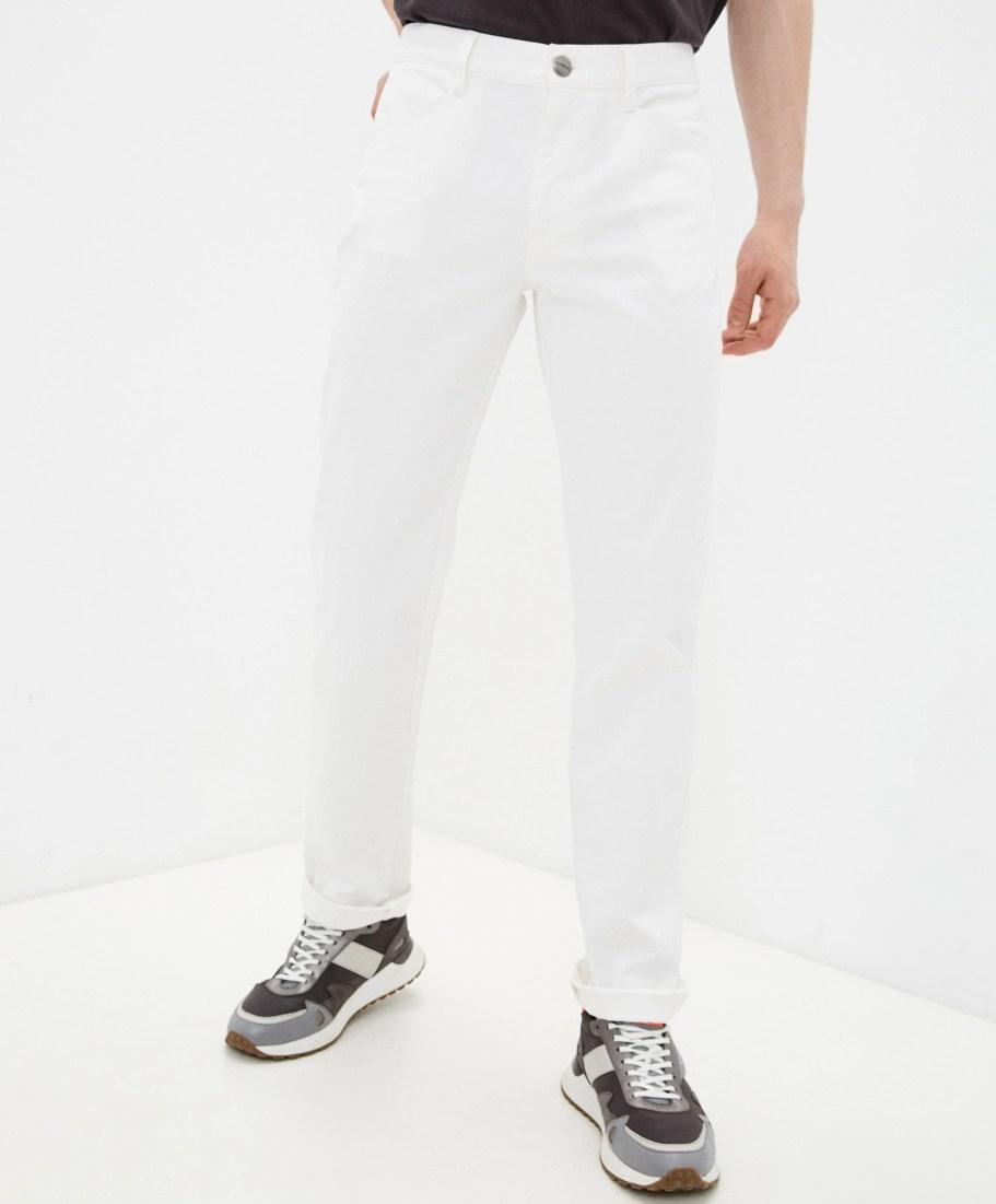 белые джинсы Bikkembergs