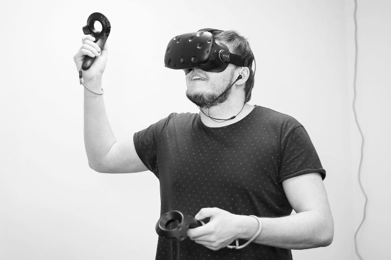 HTC VIVE очки виртуальной реальности