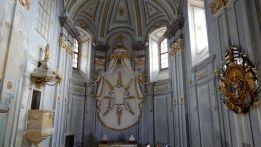 14 - Exteriér kaplnky na Krásnej Hôrke. Napravo sa nachádza mortuárium grófa Pállfyho, prvý exponát, ktorý na hrad vrátili po jeho vyhorení v roku 2012