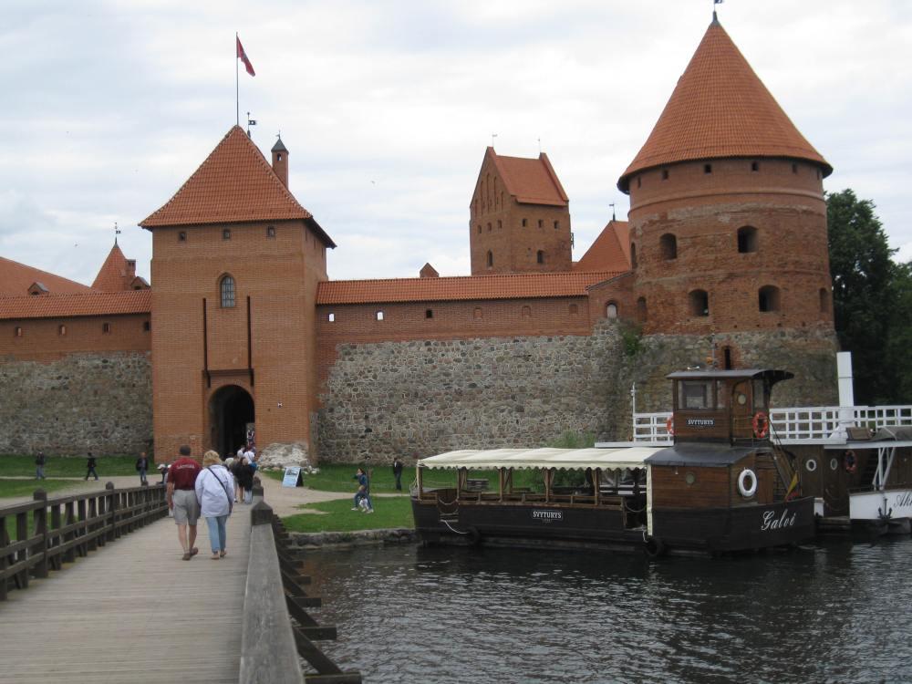 Litvak Trip Day 5: Trakai Island Castle, Karaite Town of Trakai (3/6)