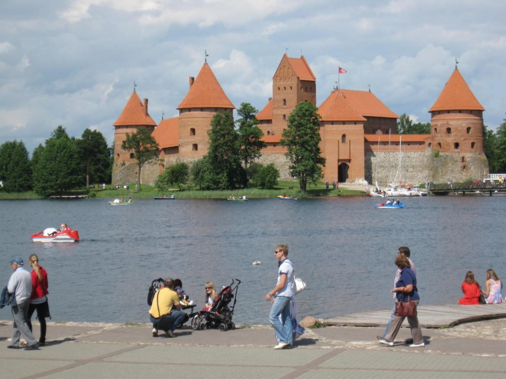 Litvak Trip Day 5: Trakai Island Castle, Karaite Town of Trakai (2/6)