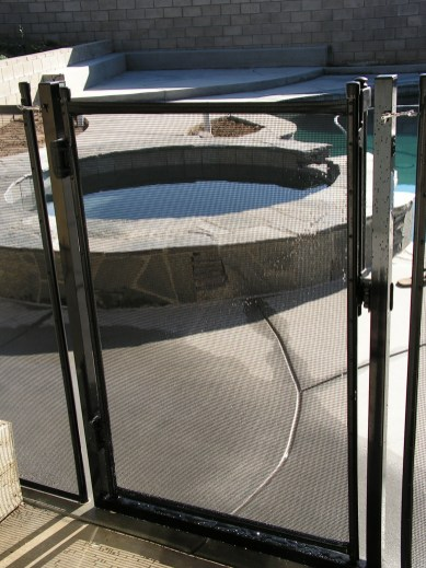1 piece removable gate