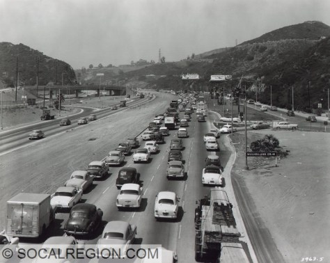 1954 view of US 101 northbound from the Pilgrimage Bridge in Cahuenga Pass.