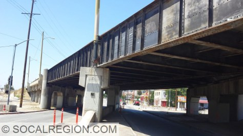 Closeup of the steel spans crossing Mission / Huntington.