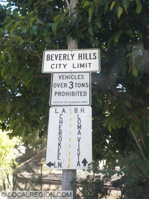 Just in case you missed the city limits, there is another.