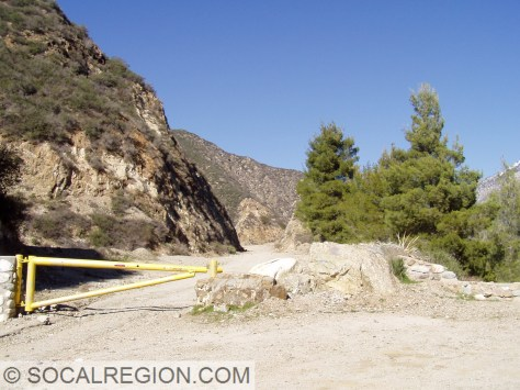 End of the pavement and open section of Shoemaker Canyon Road.