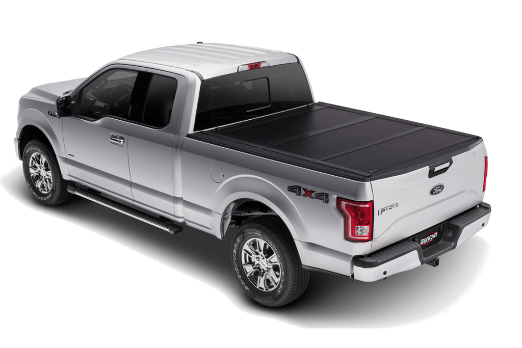 UnderCover Flex installed a Ford F150 with all panels closed.