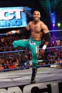 Mason Andrews has reportedly signed with TNA