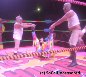Lucha VaVoom 5-4-15 pic 3