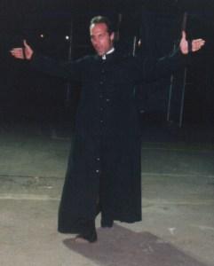 Fallen Angel Christopher Daniels vs Sylvester the Escapee 1