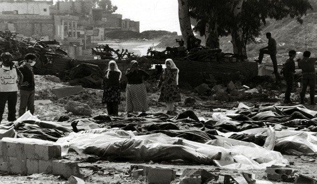 Billeder taget efter 9. april 1948 i Deir Yassin, hvor 120 zionistiske terrorister som led i Plan D gennemførte en massakre dræbte 254 beboere, mænd kvinder og børn. Fotokredit: https://english.palinfo.com/25214