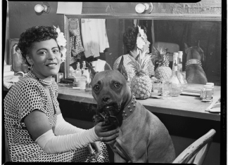 Portrait of Billie Holiday and Mister, Downbeat(?), New York, N.Y., ca. June 1946 (LOC). Photo:Gottlieb, William P., 1917-. Public Domain Source: https://www.flickr.com/photos/library_of_congress/5020400152/in/gallery-beautifulzelda-72157631799592343/