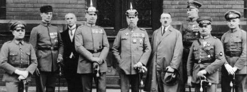 Hochverratsprozeß gegen die Teilnehmer am Münchener Putsch vom 9. Nov. 1923; München 1924 - Gruppenbild. (Hitler Ludendorff Prozeß)