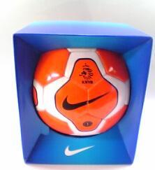 NIKE miniボール オランダ