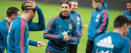 epa07920634 Spain's national soccer player Sergio Ramos attends a training session in Solna, Sweden, 14 October 2019. Spain play Sweden in an UEFA Euro 2020 qualification soccer match on 15 October. EPA-EFE/JESSICA GOW SWEDEN OUT