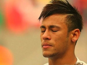 neymar-llora-despedidad20130526