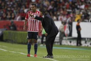 Almeyda and Marco Fabian