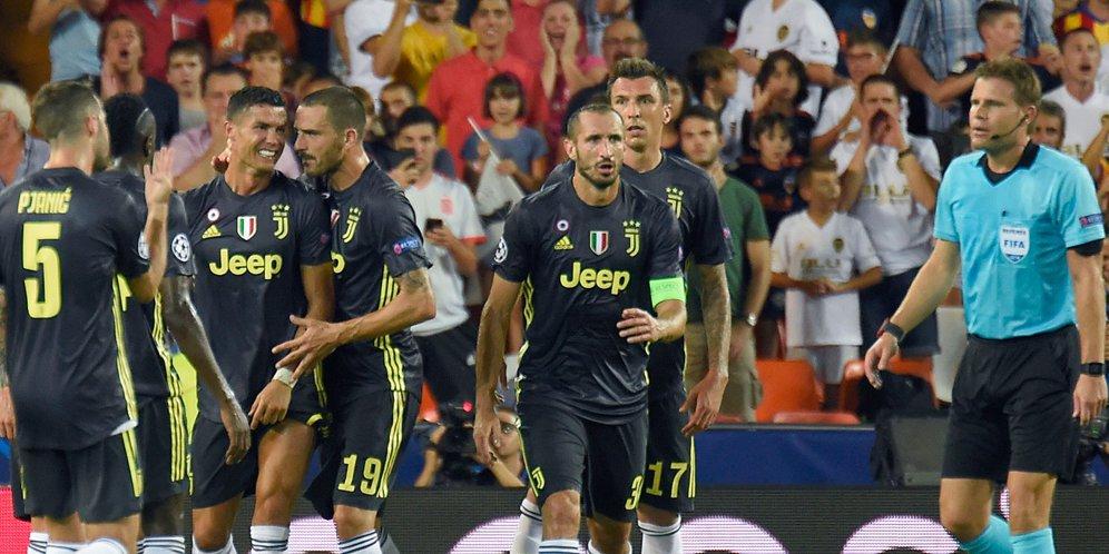 Kartu Merah Pertama Bagi Cristiano Ronaldo !