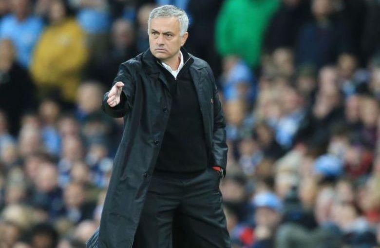 Ferdinand: Sikap Jose Mourinho Harus Ditangani Dengan Tegas