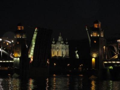 3 - La levée des ponts ©Audouin Dubreuil
