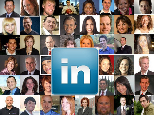 LinkedIn has 3 new features that help improve job seeking. (Image: pursuethepassion (CC) via Flickr)