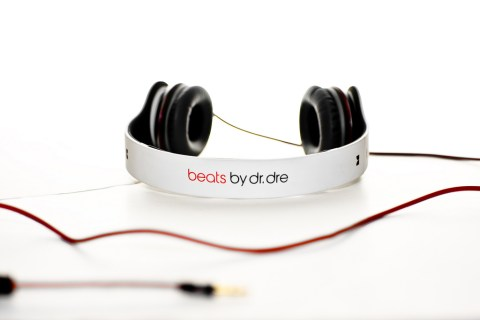 White Solo Beats by Dre Headphones