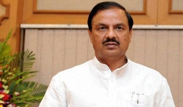 This Union Minister is in News for Wrong Reasons 3