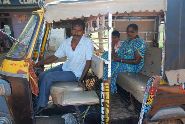 Social-chumbak-Deepika-Kumari-the-hindu