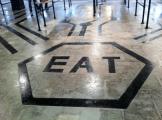 Detalle en el piso de una de las cafeterías. Foto: Cortesía Facebook