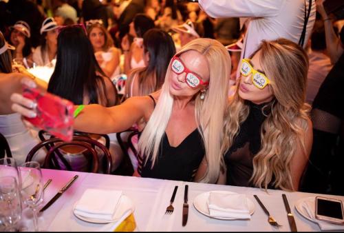 Lavo Brunch | Las Vegas Dayclub | Social Crowd Media