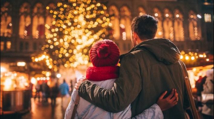 zaljubljeni par romansa