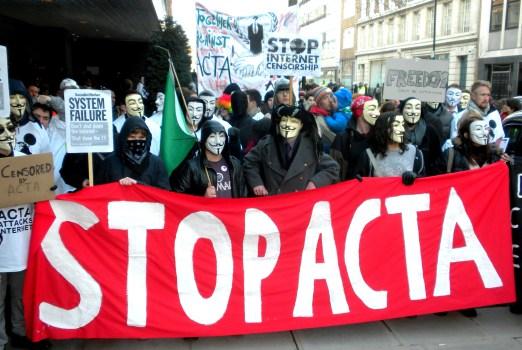 Един лондонски протест срещу ACTA и една вдъхновяваща реч на Лоз Кей