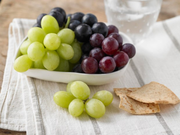 grape-snacking