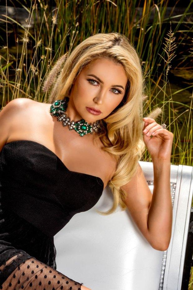 fashion models-social magazine