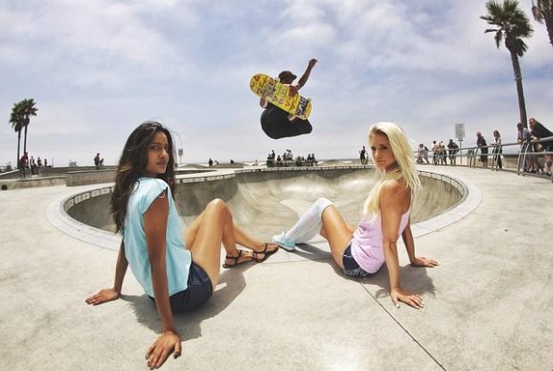 skateboard-497707_640