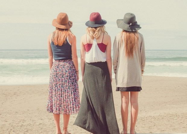 beach-1868130_640