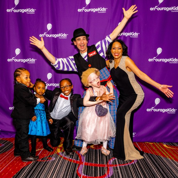 Michele-Hall-Duncan-&-Kids-Clown-Red-Carpet