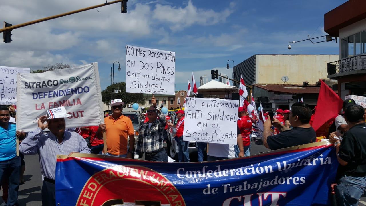 Sindicalistas de la Dos Pinos enfrentaran en juicio a empresa mañana jueves