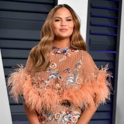 Chrissy Teigen 2019 Vanity Fair Oscar Party Hosted By Radhika Jones - Arrivals