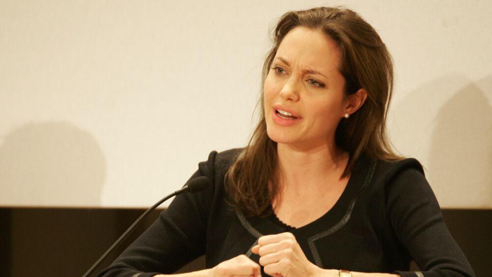 Angelina jolie and jenny sex