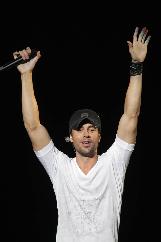 Enrique Iglesias KIIS FM's Jingle Ball 2010 - Show