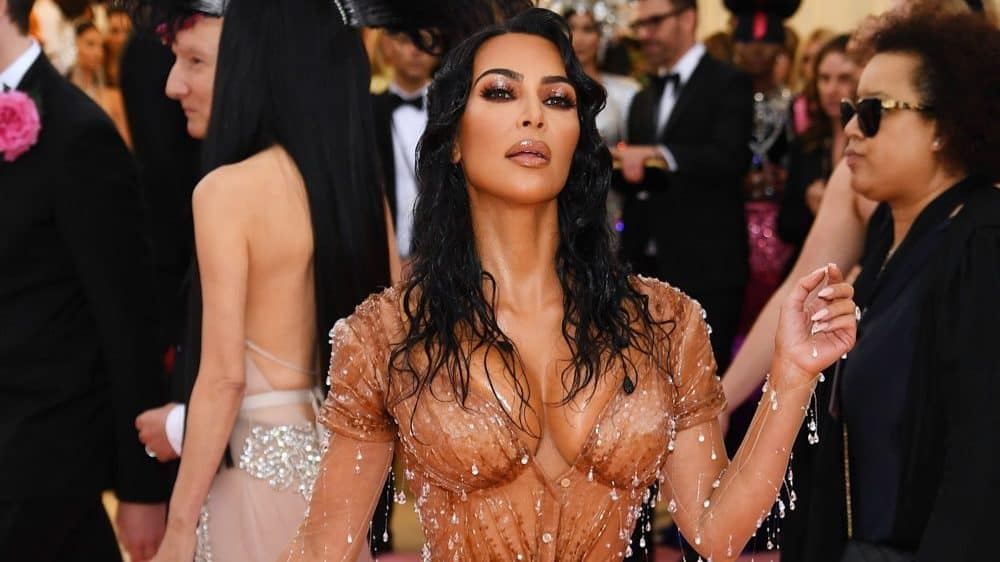 Endnotes: Kim Kardashian to Change Kimono Shapewear Name After Huge Online Backlash and More News 1
