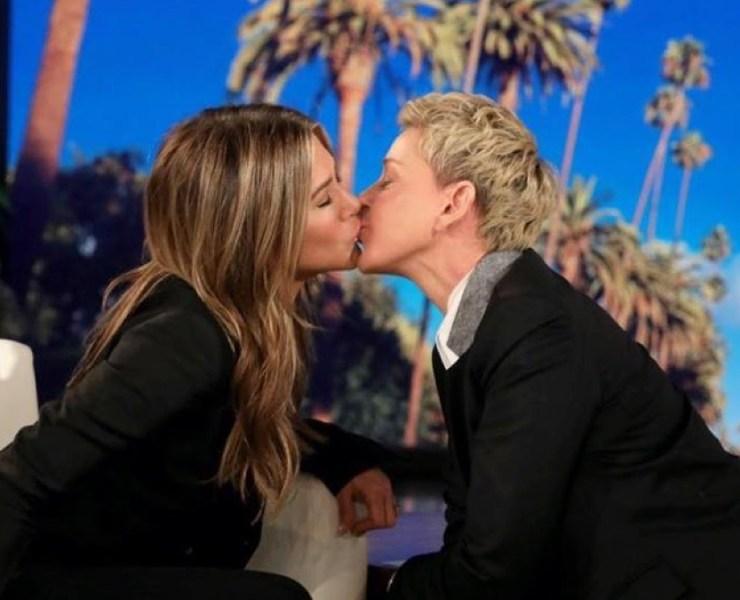 Ellen DeGeneres Shares a Kiss With Jennifer Aniston