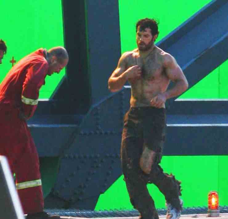 A Shirtless Henry Cavill On The Set Of 'Man Of Steel'