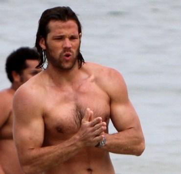 """Jared Padalecki """"Supernatural"""" at the beach in Rio"""
