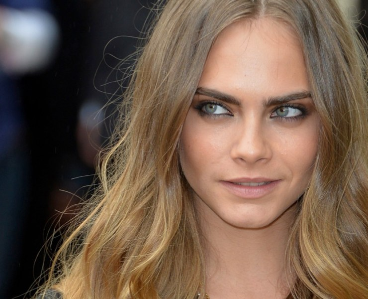 Cara Delevingne attends Burberry Prorsum - Arrivals - LFW SS16