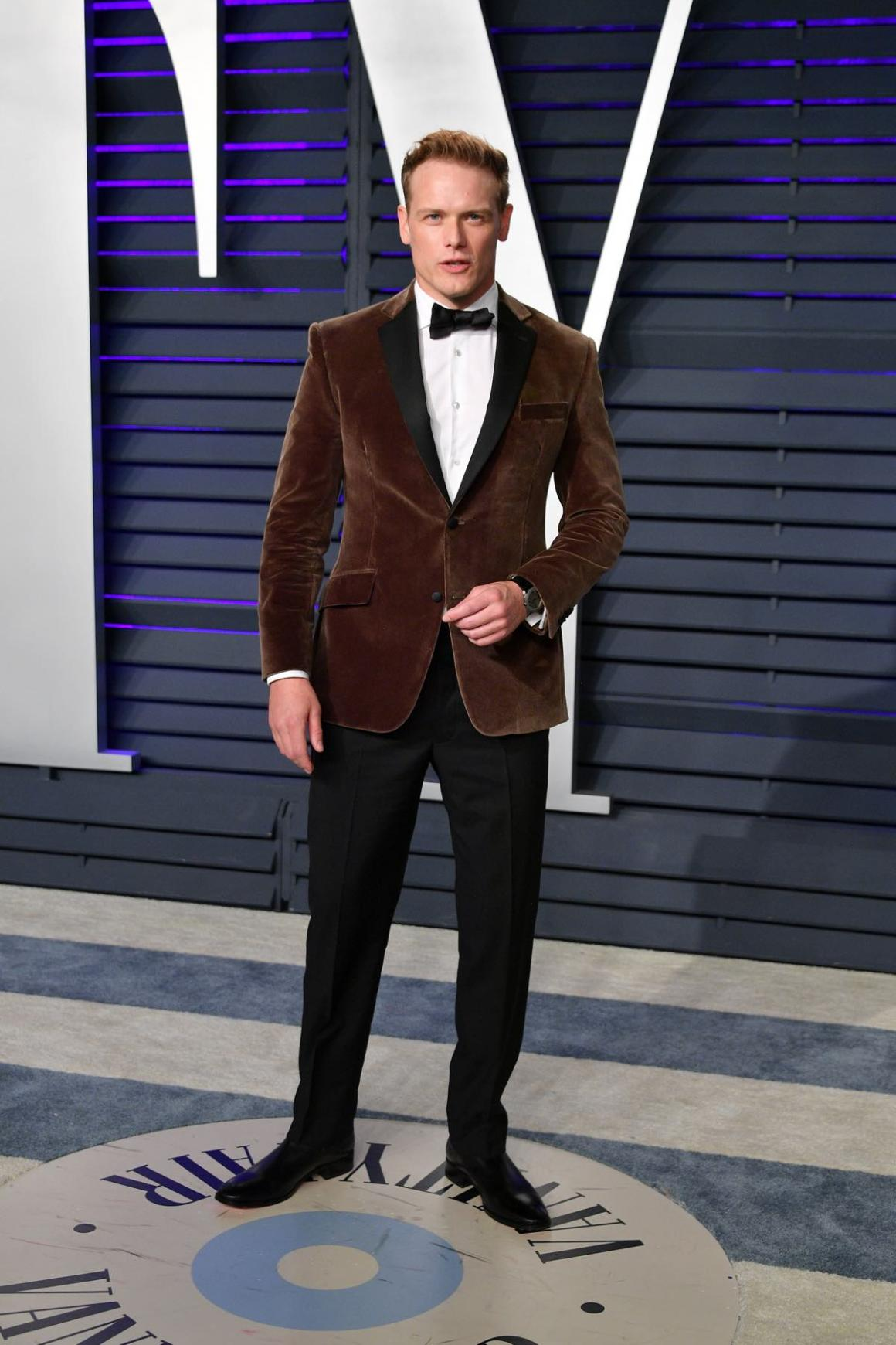 Sam Heughan attends the 2019 Vanity Fair Oscar Party Hosted By Radhika Jones - Arrivals